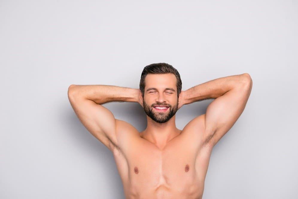 Hombres con vello corporal son cosa del pasado