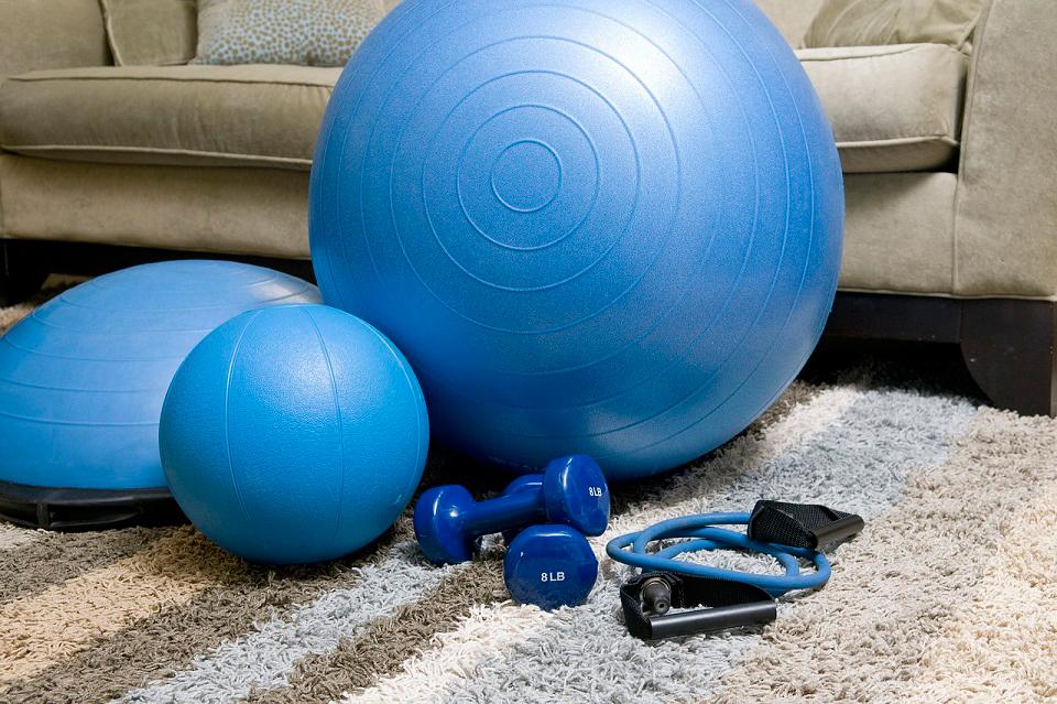 ¿Sin tiempo para ir al gym? Entrena en casa con estos tips